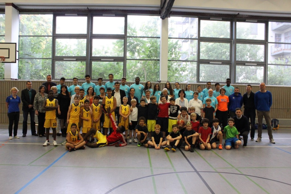 Alba + Wiesel Schule im Kiez